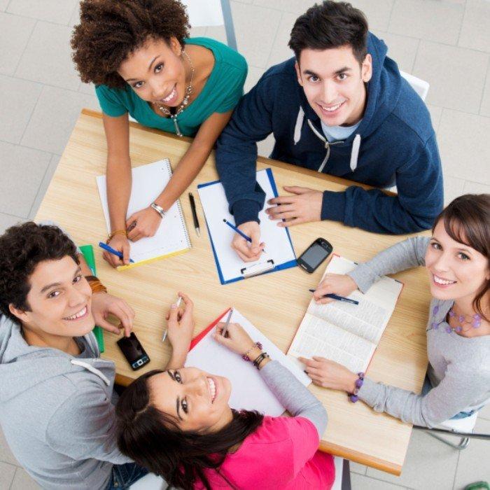 Grado-en-Publicidad-y-Relaciones-Públicas-requisitos-temario-precio