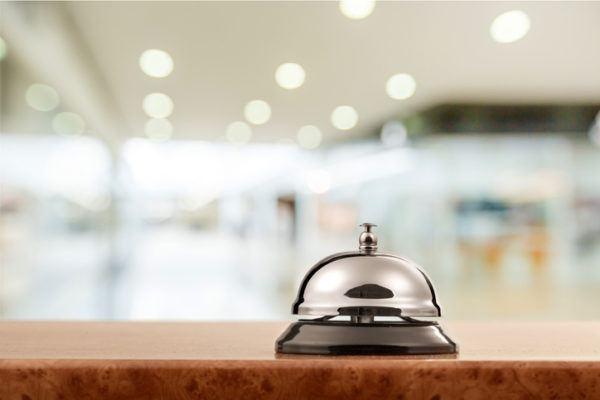 Recepcionista de hotel condiciones
