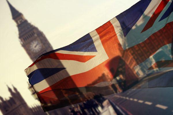 Requisitos para trasladarse reino unido desde espana bandera