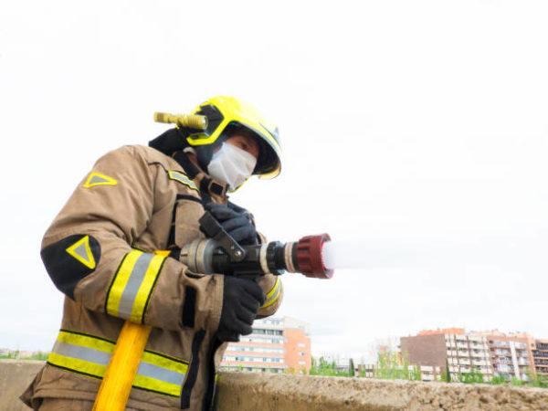 Cuanto gana un bombero
