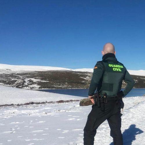Guardia Civil en la nieve