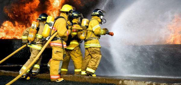 oposiciones-las-diferentes-carreras-que-hay-en-el-2017-bomberos
