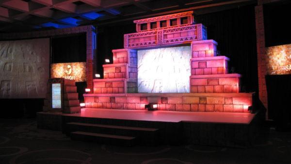 master-en-escenografia-piramide-maya