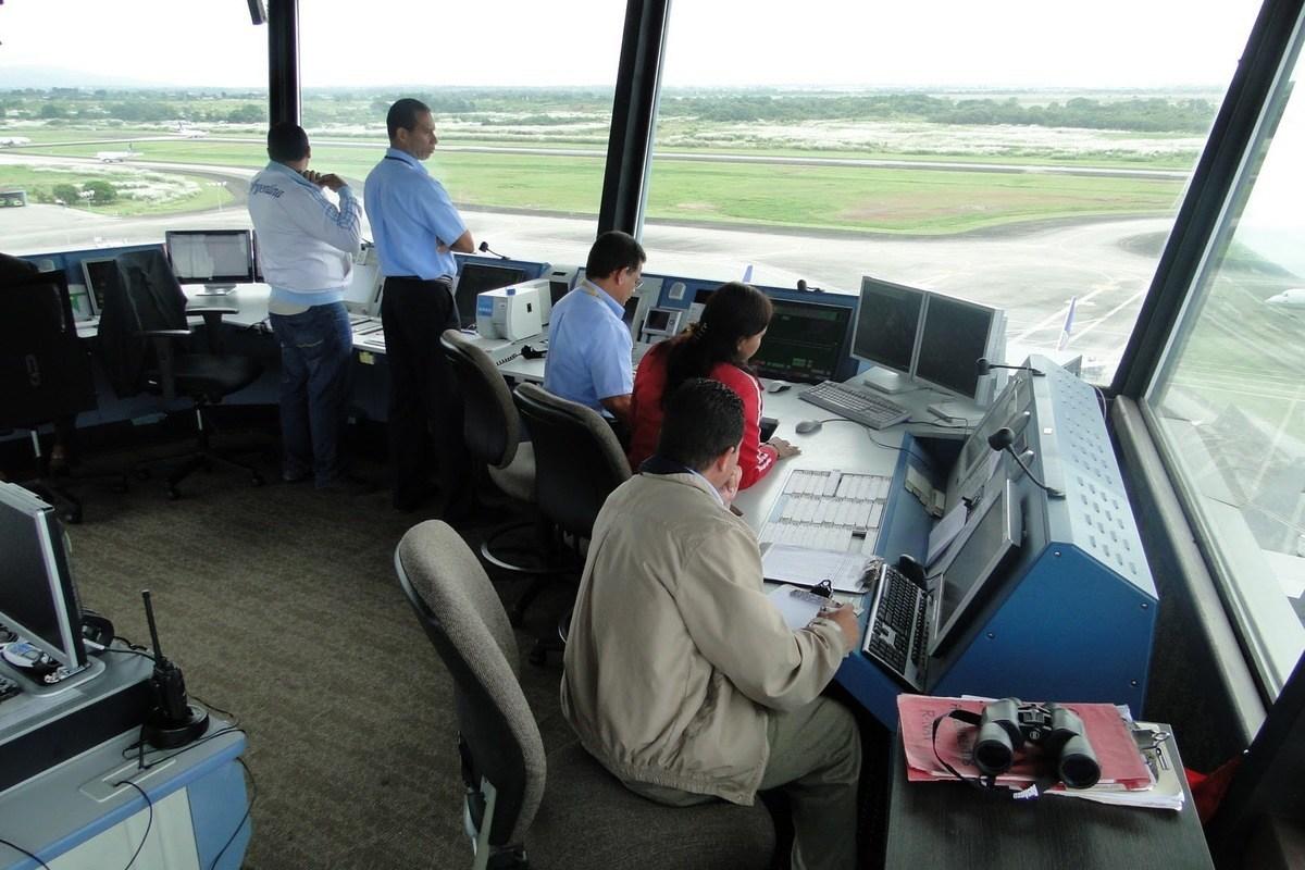requisitos-controlador-aereo