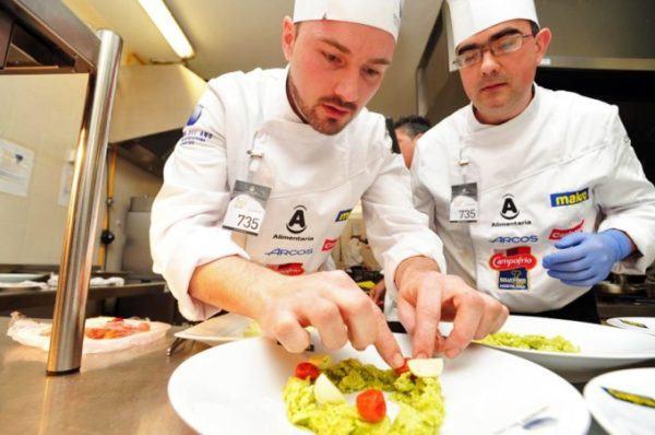 Curso de jefe de cocina 2018 cursosmasters for Cursos de ayudante de cocina