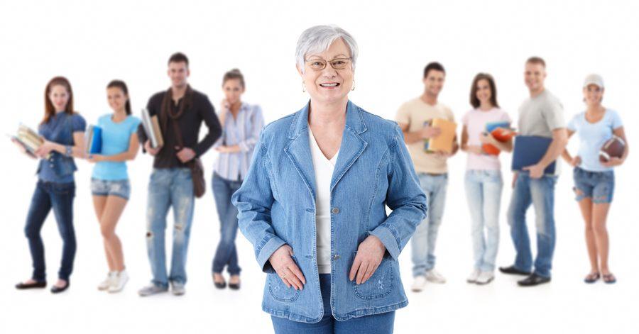 acceso-universidad-mayores-45-anos-adultos-clases-estudiar
