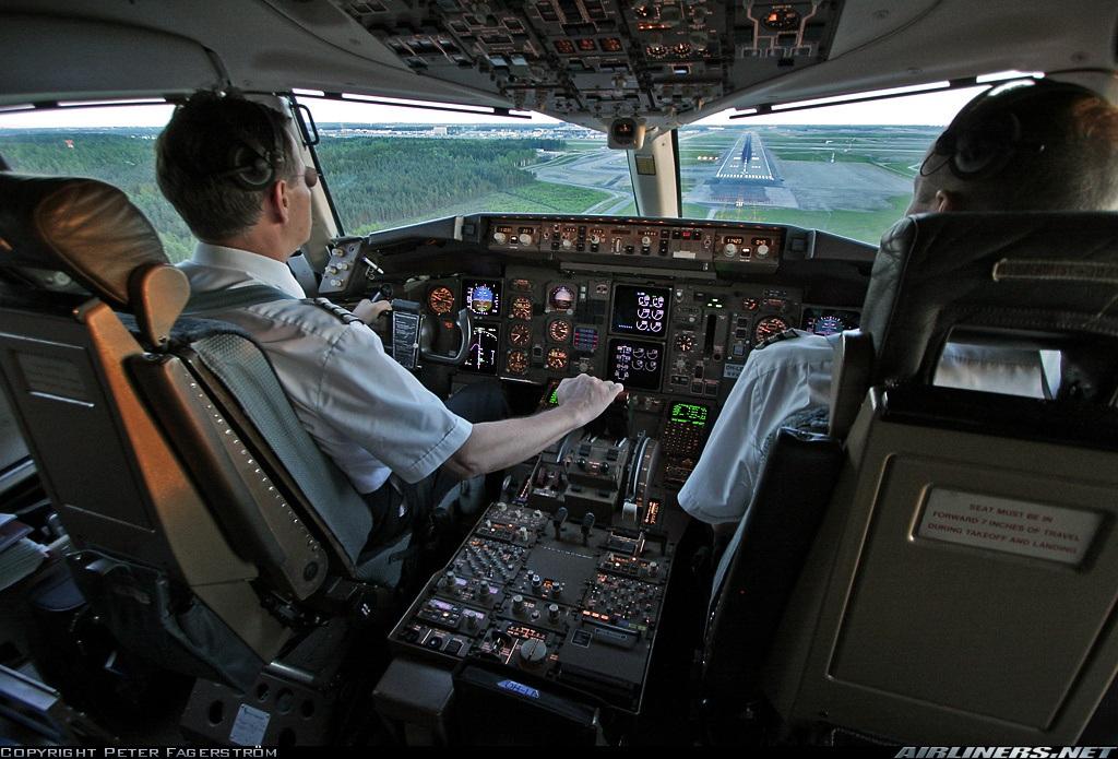 Cursos-gratuitos-de-piloto-privado-temario-requisitos-presenciales-online