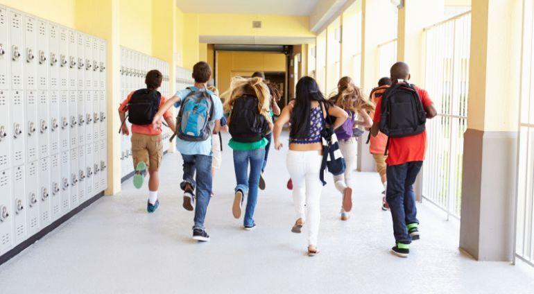 Calendario-Escolar-Curso-España-días-festivos-puentes