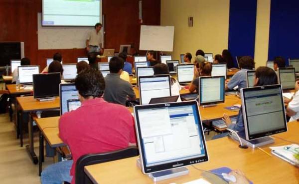 Cursos gratis universidades 2015