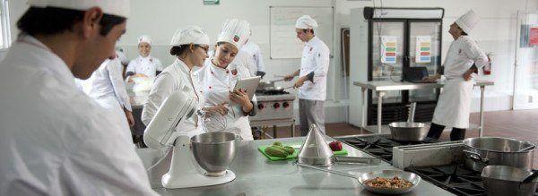 mejores-cursos-gratuitos-TECNICO-EN-COCINA-Y-GASTRONOMIA