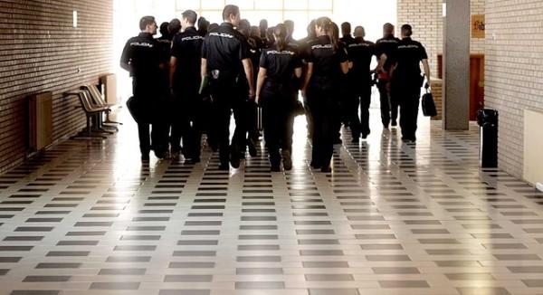 academia-policia-nacional-avila-estudiantes