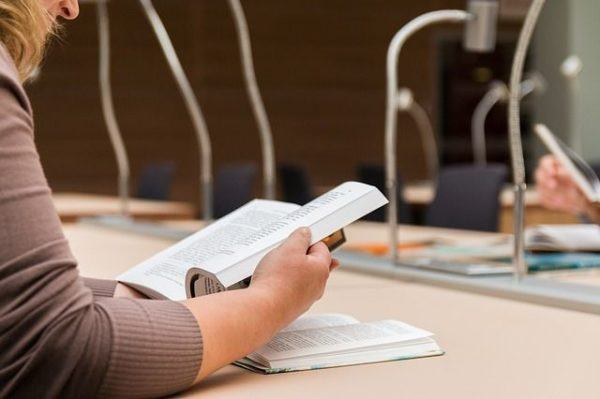 examen-y-test-de-oposiciones-de-auxiliar-administrativo