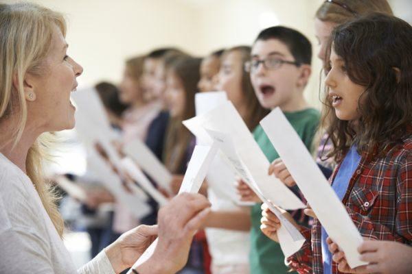 como-aprender-a-cantar-5-istock