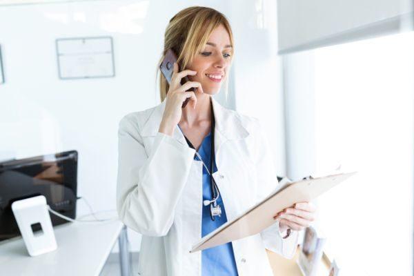 carreras-de-ciencias-de-la-salud-con-mas-salidas-laborales