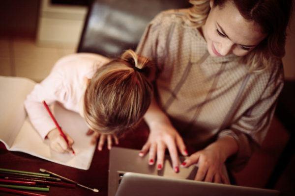 Estudiar con niños en casa