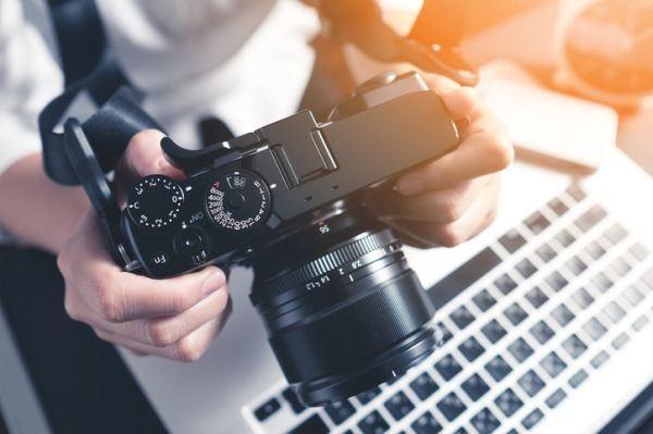 trabajos-para-estudiantes-fotografo-istock